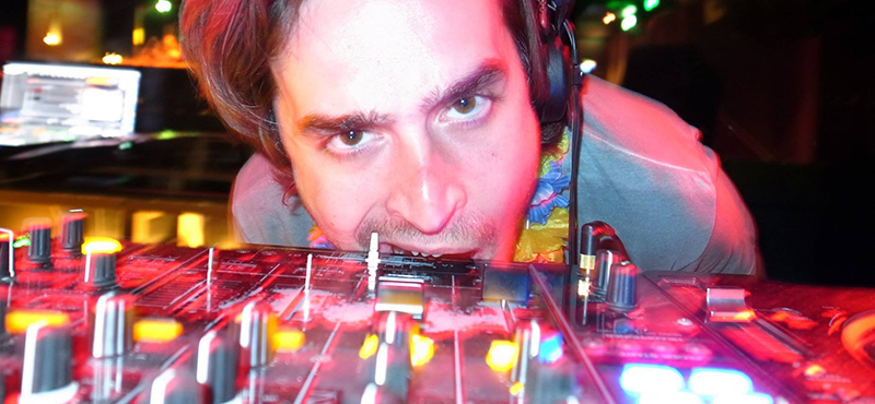 Von Sinan Susar zu DJ Sinan Souza